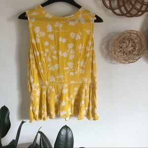 Ava & Viv mustard yellow floral ruffle tank blouse
